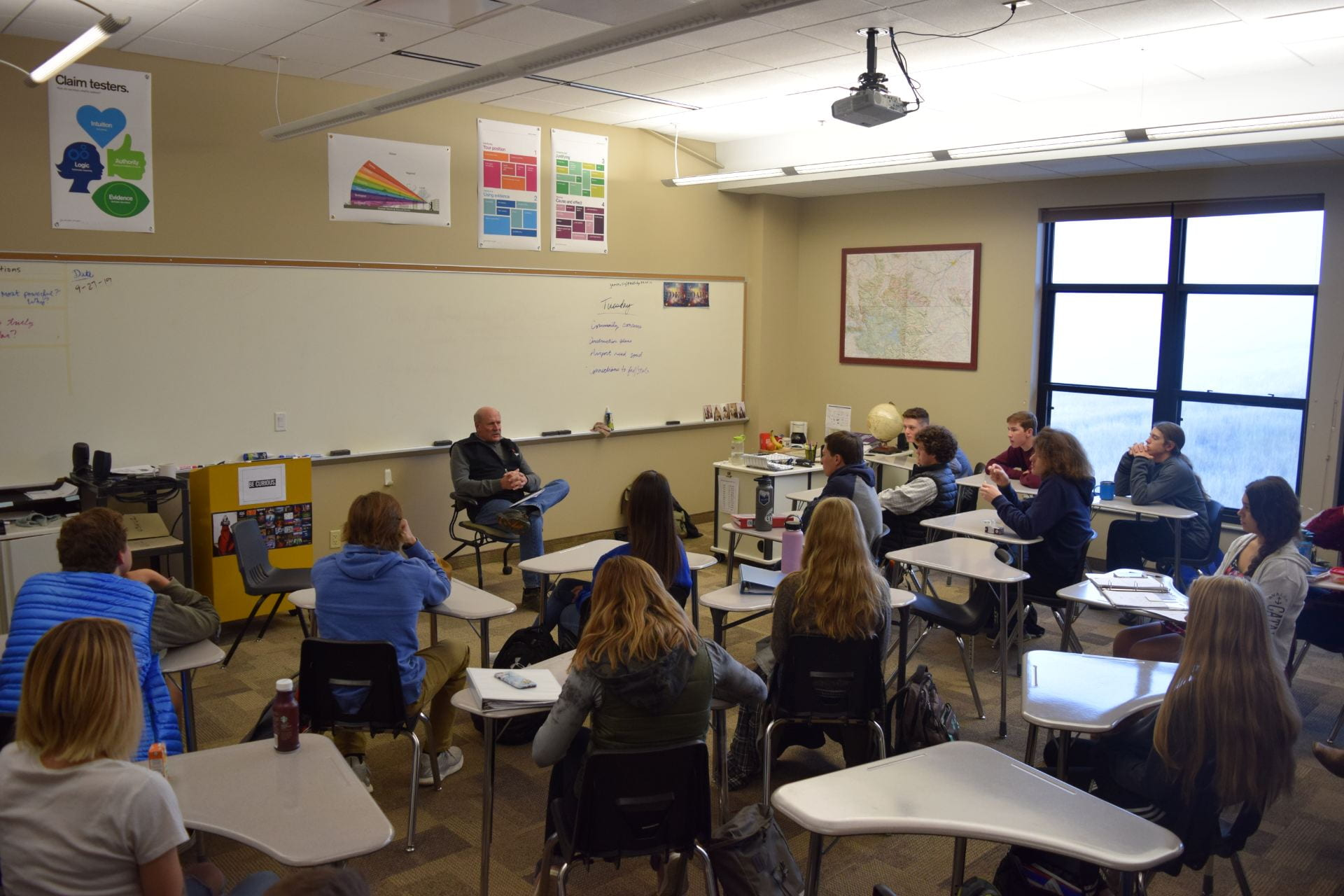Mayor Bill Larson Visits Government Class